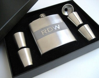 Engraved Flask - Personalized Flask - Gift Set - Personalized Gift for Groomsman - Best Man