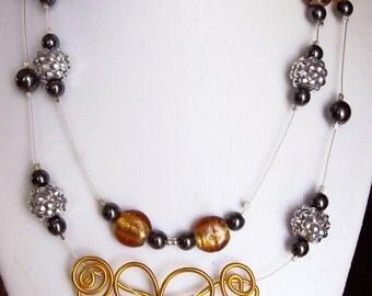 collar mounted on nylon thread, 18 ''