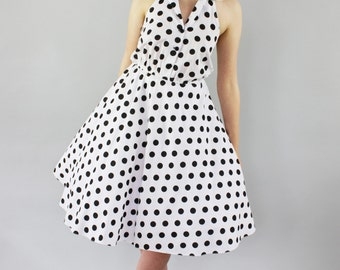 SALE Vintage 1970s Polka Dot Halter Sundress / Full Skirt / Cotton Dress S/M