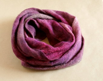 Felted scarf - circle women scarf, wool and silk scarf batik died - Perfect gift!/Ready to ship!