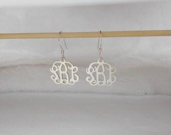 Silver Monogram Drop Earrings,Wedding Drop Earrings,Personalized Monogramm Earrings,0.6 inch Letter Monogram Initial Earrings