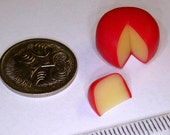 Miniature Edam Cheese for Dollshouse or Shop diorama, 1/12 scale