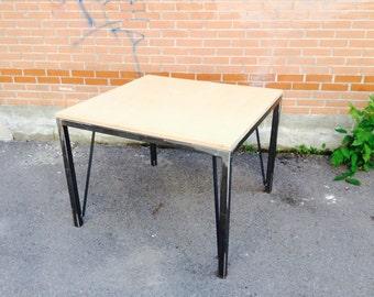 Manitoba Table