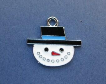 5 Snowman Charms - Snowman Pendants - Snowman - Enamel Charm - Silver Tone - 24mm x 22mm -- (No.92-10825)