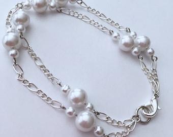 Double chain pearl bracelet