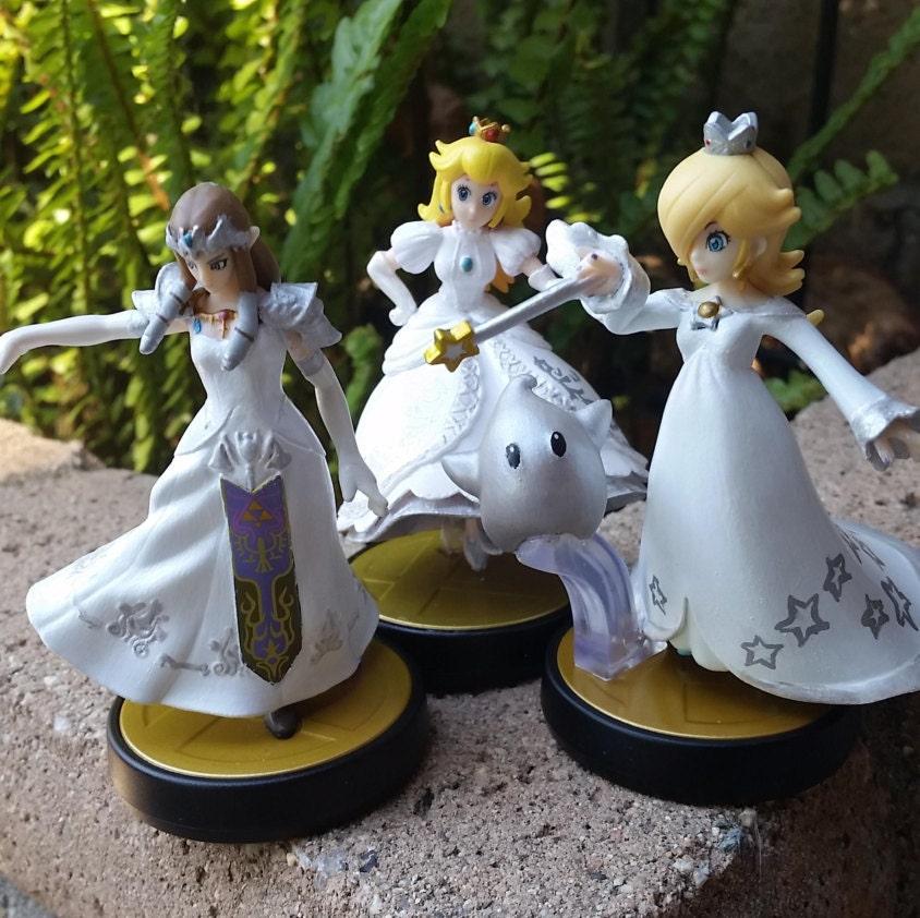 Amiibo Custom Link/Princess Zelda White/Wedding Dress Video