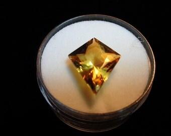 Beryl gem.  4ct. Fancy Kite Cut Yellow Beryl Natural Gemstone.