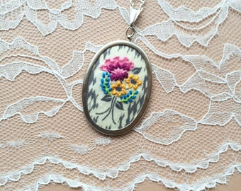 Floral Bouquet Necklace, Embroidered Necklace, Embroidered Flowers, Flower Jewelry, Mother's Day Gift, Gifts For Mom