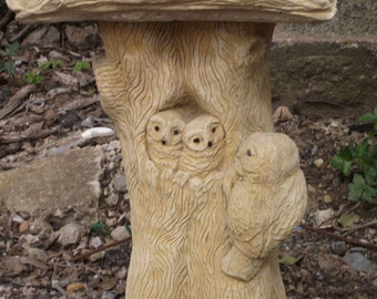 Beautiful Hand Crafted/Finished Cotswold Stone Owl Bird Bath Birdbath Classic Shape Garden Ornament
