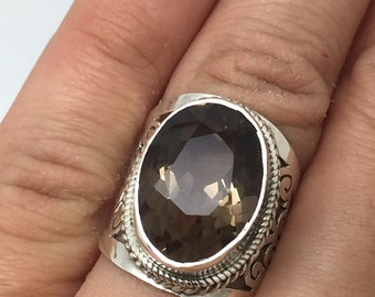 silver ring with Smoky Quartz stone,Smoky Quartz ring,Smoky Quartz stone,Smoky Quartz jewelry,stone ring,stone jewelry,boho ring,bohemian