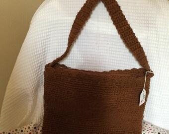 crossbody crocheted bag with zipper
