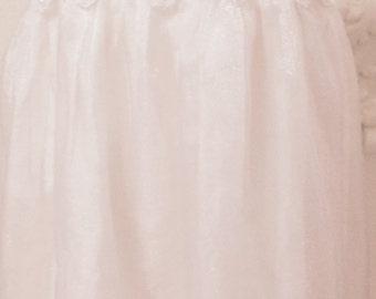 Flower Girl Dress/ Flower Dress, Girls Dresses, Flower Girls, Girls Gift Ideas, 1st Birthday gifts for girls