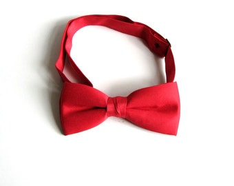 vintage red bow tie . mens adjustable bowtie . kids to mens size, fits most