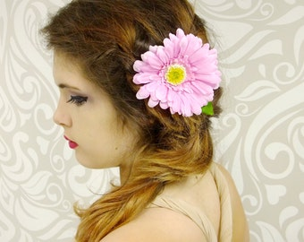 Light Pink Daisy Hair Clip, Pink Flower Fascinator, Pink Gerbera Daisy Clip, Flower Hair Clip, Daisy Hair Clip, Baby Pink