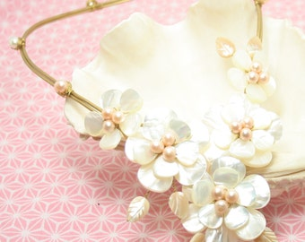 Bloom from the sea choker
