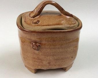 SQUARE lidded jar, nutmeg brown, container, ceramic, pottery, storage, decorative