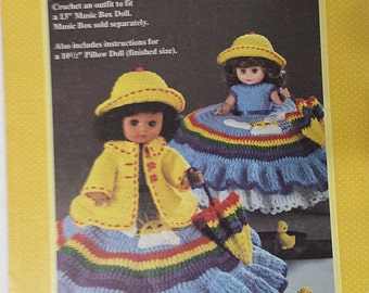 Crochet Doll Patterns, Outfits for dolls and bed dolls, OOP, 5 different Leaflets