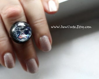 Australia Earth Ring, Globe Jewelry, Home Sweet Home, Out of this World Fashion Statement Glitter Globe Image, Modern Resin Jewelry isewcute