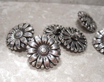 50% Off 5 pcs Sunflower Buttons, Antique Silver Flower Buttons with Shanks. 18mm Flat Round silver buttons, Antique Silver buttons, FN0119