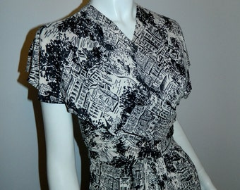 vintage 1950s dress / PARIS streets novelty print / black and white / overlap front XS