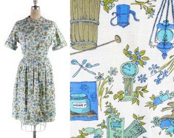 """Vintage 50's 60's NOVELTY Shirt Waist Dress // Cotton Printed Short Sleeve Dress - sz L - 31"""" Waist"""