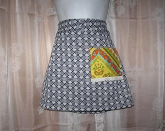 """Ladies Mini Pencil Skirt made from Vintage Knit fabric with Contrasting Pocket 26"""" Waist"""