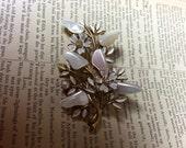 Coro Mother Of Pearl Brooch - 50s vintage brooch - vintage rhinestone pin - bouquet brooch - floral brooch - wedfing brooch - nacre brooch