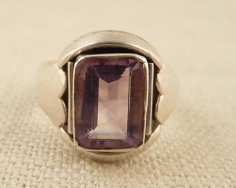 Size 4.75 Vintage Sterling Heart Band Ring with Rectangular Cut Amethyst