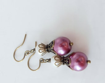 Sangria Bridesmaid Earrings, Pearl Earrings, Plum and Ivory Vintage Style Wedding Jewelry, Bridesmaid Gift, Bridal Party Jewelry Set, Purple