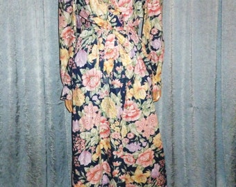 Vintage 1980's - Ruffled - Blue - Rose - Lavender - Green - Floral - Polished Cotton - Wrap - Robe - Dressing Gown - bust size 42""