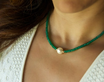 Single Freshwater Pearl Necklace/ Real Pearl Necklace/ Green Onyx Pearl Necklace/ Emerald Necklace/ Pearl Gemstone Necklace/ Pearl Choker