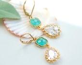 Blue dangle earrings, Blue drop earrings, Aqua earrings, Mint earrings, Mint and crystal gold earring, Bridesmaids earrings, beach wedding