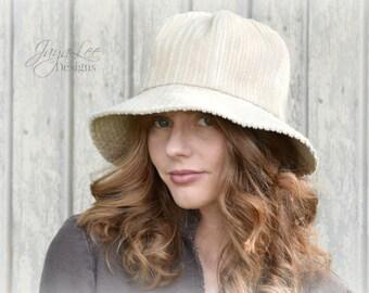 Corduroy Bucket Hat in khaki Tan