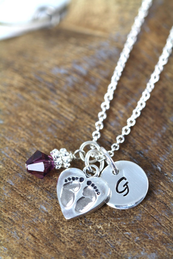 Sweet necklace for moms