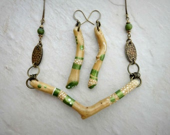 Bohemian Driftwood Jewelry Set, green, white, and wood painted necklace and earrings with antiqued brass