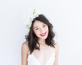 pastel green white wedding statement flower crown // Jessamine / peony blossom floral headpiece, garden bride, summer wedding, beach nature