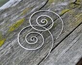 Antiqued Sterling Silver Wire Earrings / Minimalistic Spiral Earrings