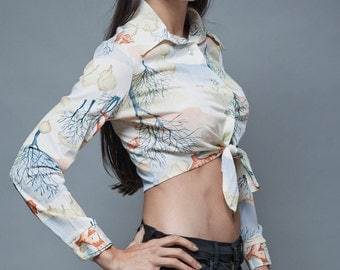 vintage 70s crop top midriff blouse shirt tie front scenery print long sleeves S M SMALL MEDIUM