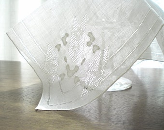Vintage White Wedding Hankie Handkerchief Linen Bridal Hankie Handkerchief Irish Cut Work Linen Handkerchief  Lace Hankie Something Old