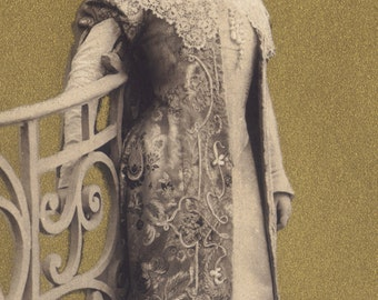 Gabrielle Robinne, All That Glitters...by Reutlinger, circa 1905