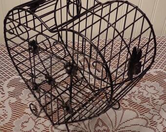 Vintage Heart Birdcage  -  Metal Display Birdcage  -  15-562
