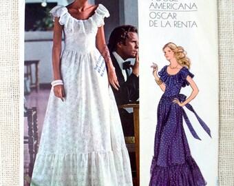 Vintage Pattern Vogue 1043 Oscar De La Renta Americana ruffled peasant Prom wedding bridesmaid Maxi Bust 34 1970s