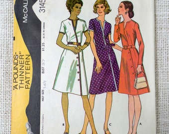 Vintage Pattern McCall's 3145 Bust 37 1970s Mod That Girl career diagonal surplice side button secretary executive