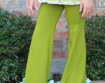 leaf green with small turquoise ruffle yoga pants sizes 12m to 14 girls