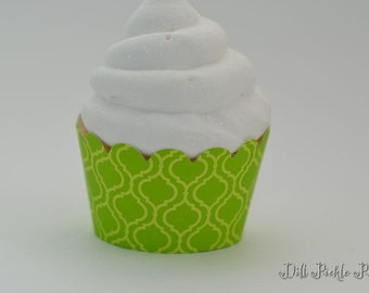 Green Quaterfoil Trellis print Cupcake Wrappers - Standard Cupcake Wraps Set of 40