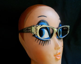 Amazing vintage cat eye 50's pearly gold black shell shaped carved bombshell sunglasses frames with rainbow rhinestones by Swank - France