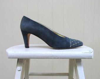 Vintage 1990s Shoes / 90s St. John Teal Suede Pumps / Size 7 1/2 U S