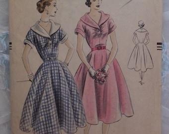 Vintage 1951 Vogue Circle Skirt Shawl Collar Kimono Sleeve Pattern #7353