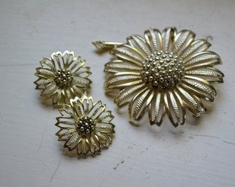 1960s Sarah Coventry Sunflower Brooch and Clip Earrings Set