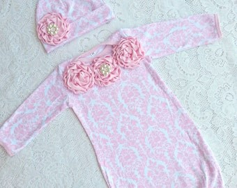 Pink White Damask Baby Infant Layette Baby Gown, beanie set, rhinestones. Newborn infant girls, photos, going home outfit